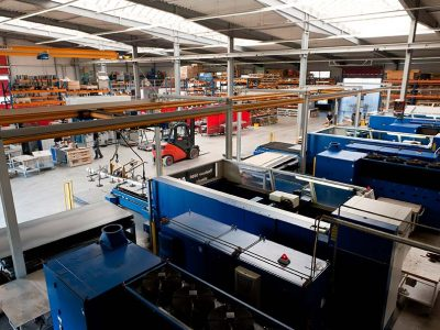 AMM-GmbH-Fertigungshalle
